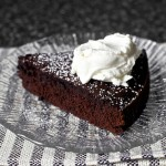 Easy Recipe for Chocolate Red Wine Cake