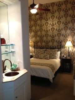 Cypress Inn room